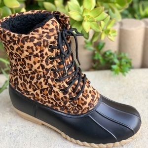 NEW ARRIVALS** LADIES LEOPARD QUILTED DUCK BOOTS
